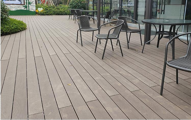 OUTDOOR DECK PROJECT